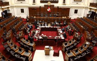 Políticos con procesos y sentencias no pueden postular en otros países