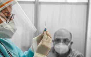 Cusco: Personal médico que recibió la primera dosis en cuarentena por Coronavirus